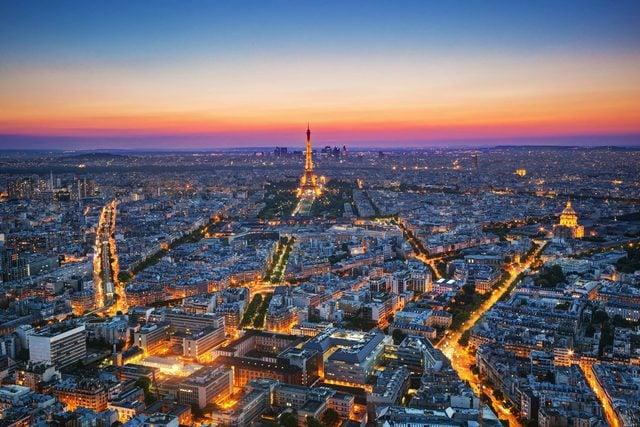 10_Eiffel_shutterstock_145514137