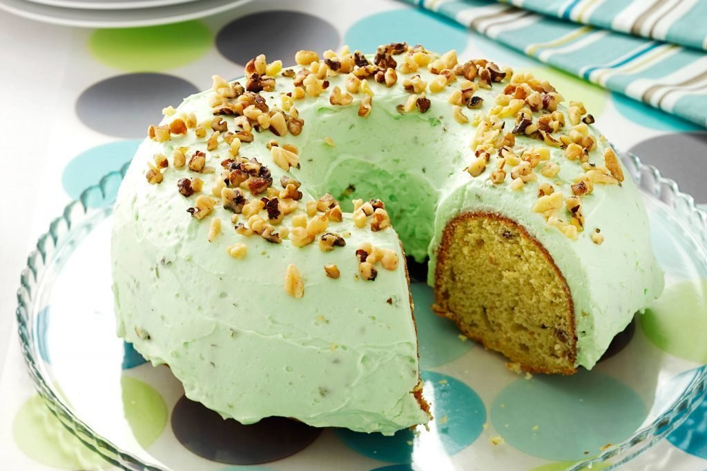 St.-Patrick's-Day-Recipes-PistachioPuddingCake