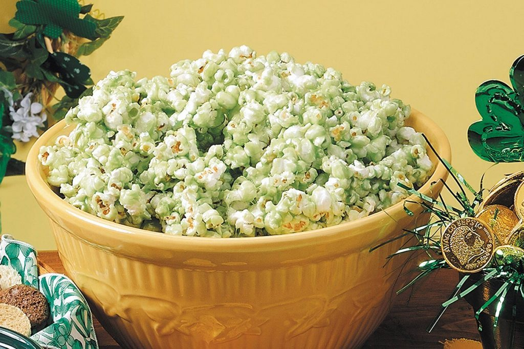 St.-Patrick's-Day-Recipes-StPatricksDayPopcorn