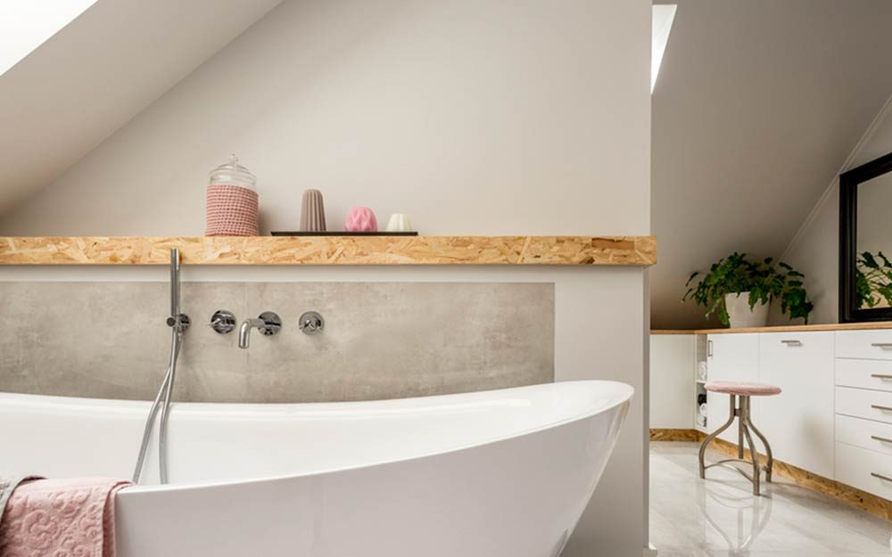 How To Make A Small Bathroom Look Bigger Readers Digest