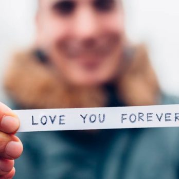10 Small But Significant Romantic Gestures That Can Improve Any Relationship Almost Immediately