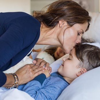 Ditch Your Biological Clock—Science Says Older Moms Are Better Parents