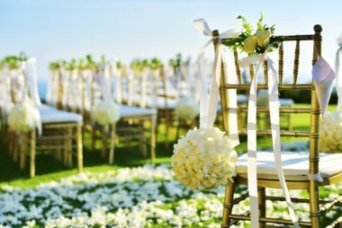 vow renewal etiquette 12 dos and don ts you need to follow