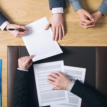 Divorcing? Follow These Steps to Find the Right Divorce Lawyer for You