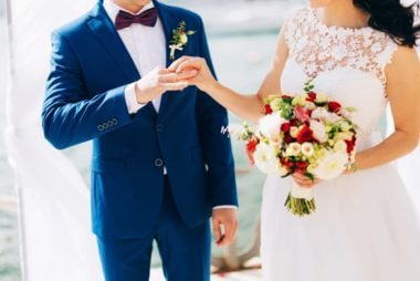 Vow Renewal Etiquette: 12 Dos and Don'ts You Need to Follow