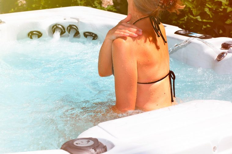 How-to-Solve-9-Common-Summer-Skin-Problems