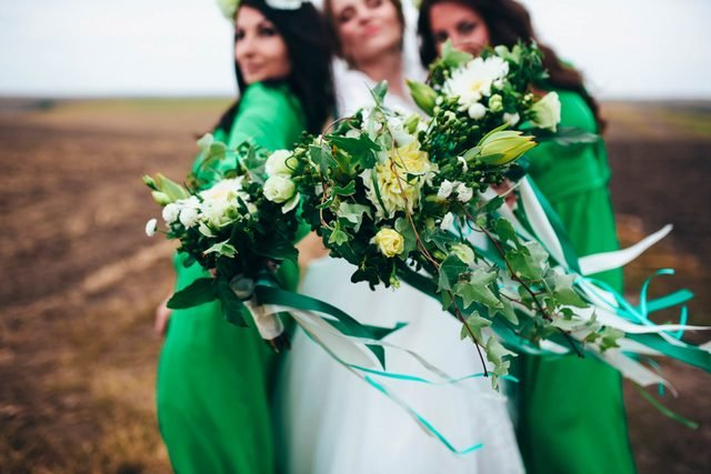 What-the-Bridesmaids'-Dress-Color-You-Choose-Says-About-You
