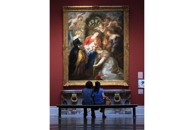 35_2015_07_17_VISITORS_Great_Gallery_Crowning_St_Catherine_1.JPG