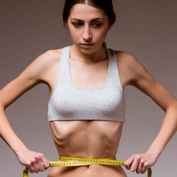 Women with Strict Diets Are at High Risk for This Scary Disorder