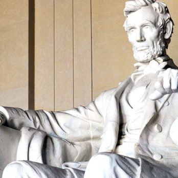 We Bet You've Never Noticed the Typo on the Lincoln Memorial