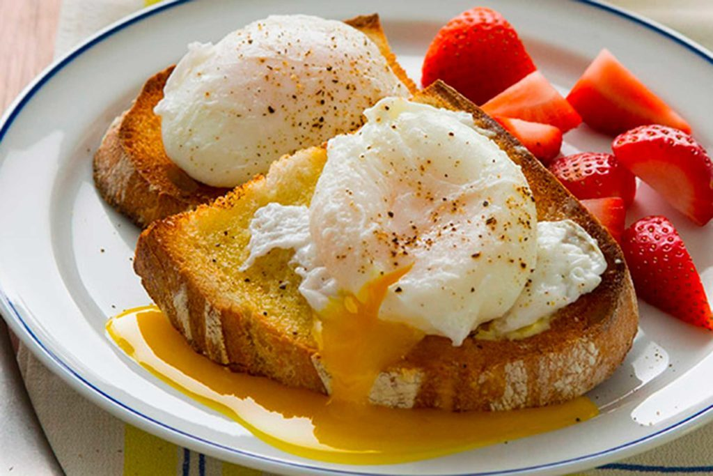 03-The-3-Myths-You've-Heard-About-Poached-Eggs-Taste-of-Home