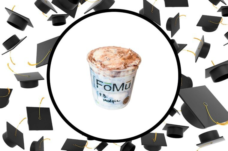10-Graduation-gifts-jump-start-adult-life-via-fomuicecream.com