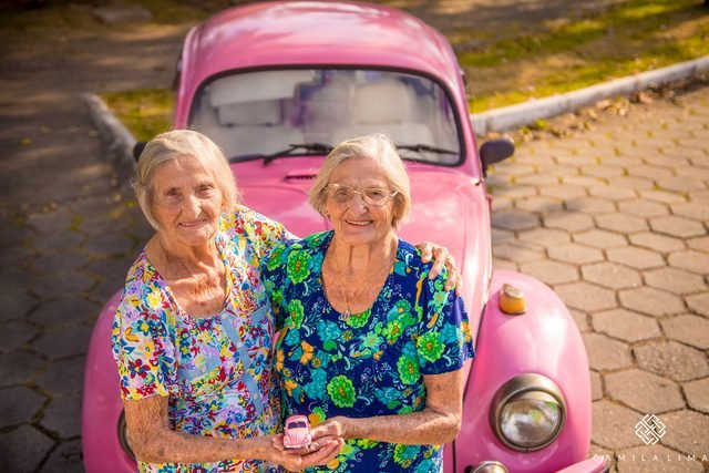 14-These-Twins-Celebrating-Their-100th-Birthday