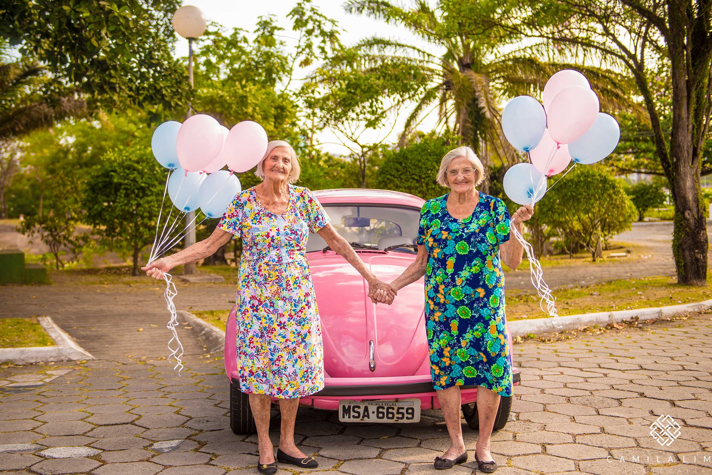 Adorable Photos From 100-Year-Old Twins' Birthday
