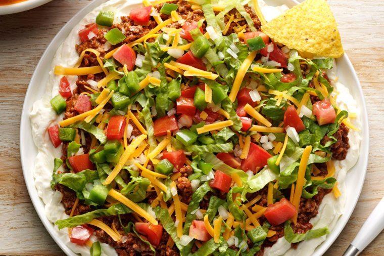 20-easy-mexican-recipes-BeefyTacoDip