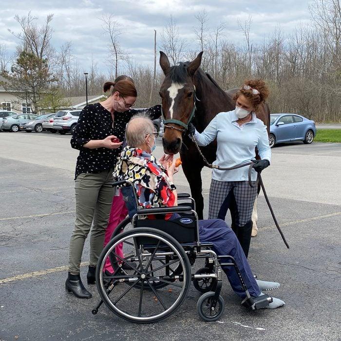 Nurse surprises patient with a horse