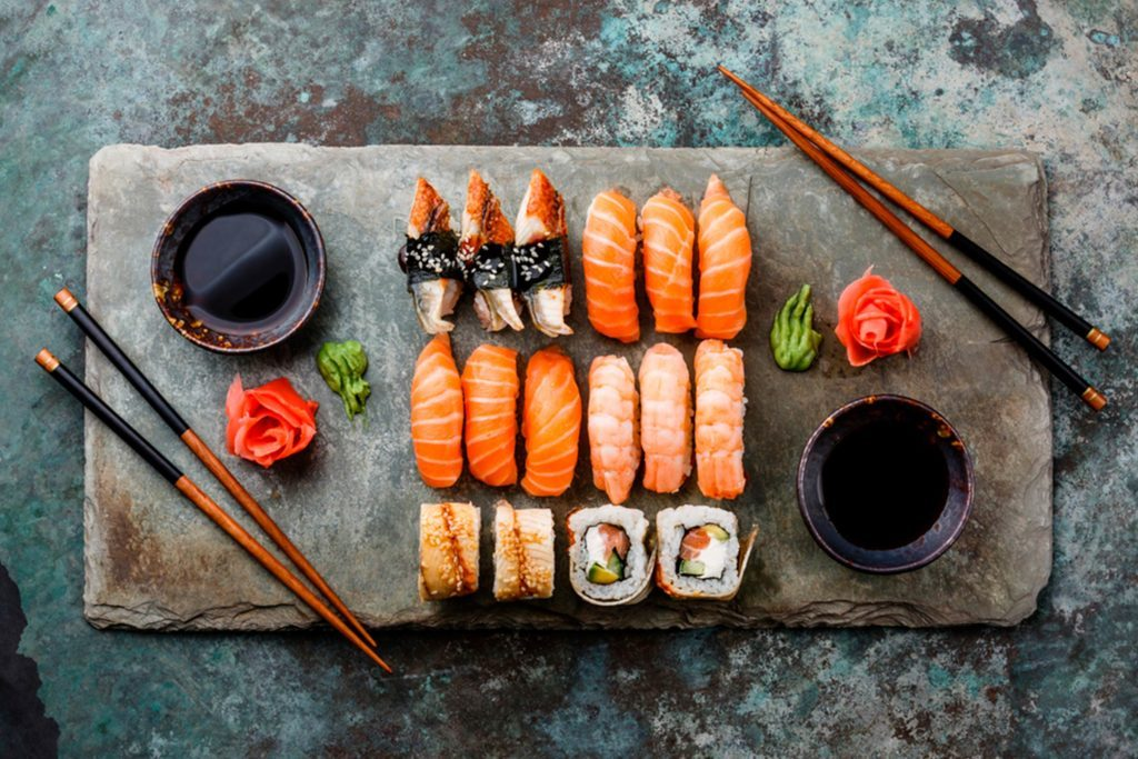 No-More-Sushi-Face!-Here's-How-to-Banish-Your-Post-Meal-Bloat