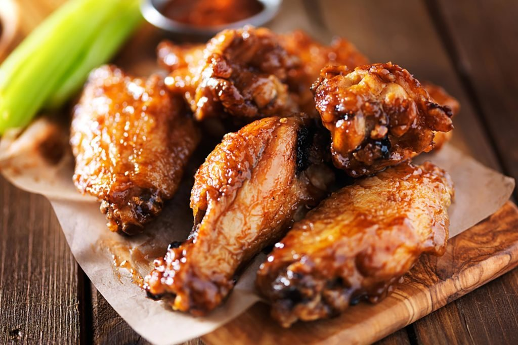 Youre Eating Chicken Wings All Wrong Readers Digest