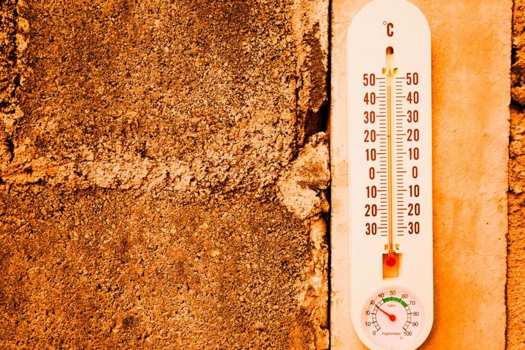 here's-a-Scientific-Reason-Why-Summer-Heat-Makes-Us-So-Grumpy