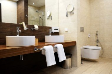 Dirty hotel room the germiest spots in hotel rooms reader 39 sdigest for What do hotels use to clean bathrooms