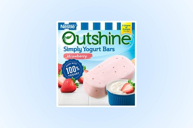03-Celebrate-Frozen-Yogurt-Month-with-these-10-Nutritionist-Picks-via-outshinesnacks.com