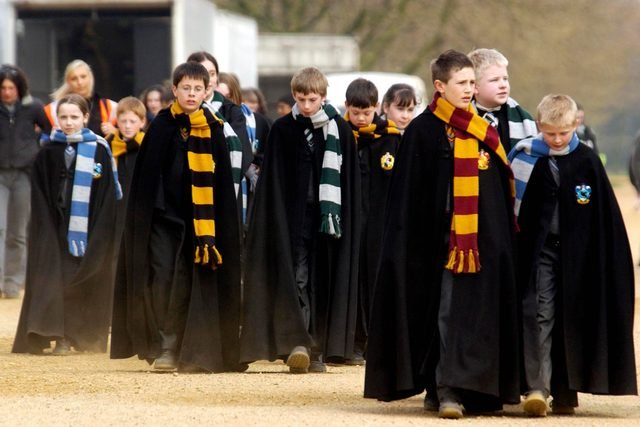 03-This-Is-What-the-'Harry-Potter'-Cast-Really-Thought-About-Their-Costumes-379885l-David-HartleyREXShutterstock
