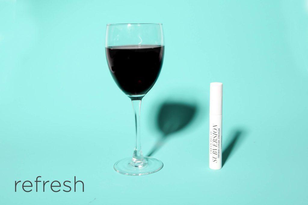 03-refresh-hacks-beauty-pros-swear-by-desk-happy-hour-Matthew-Cohenrd.com