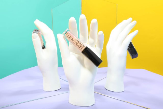 03-touch-Never-Take-a-Bad-Selfie-Again!-10-Smart-Makeup-Tricks-from-Beauty-Pros