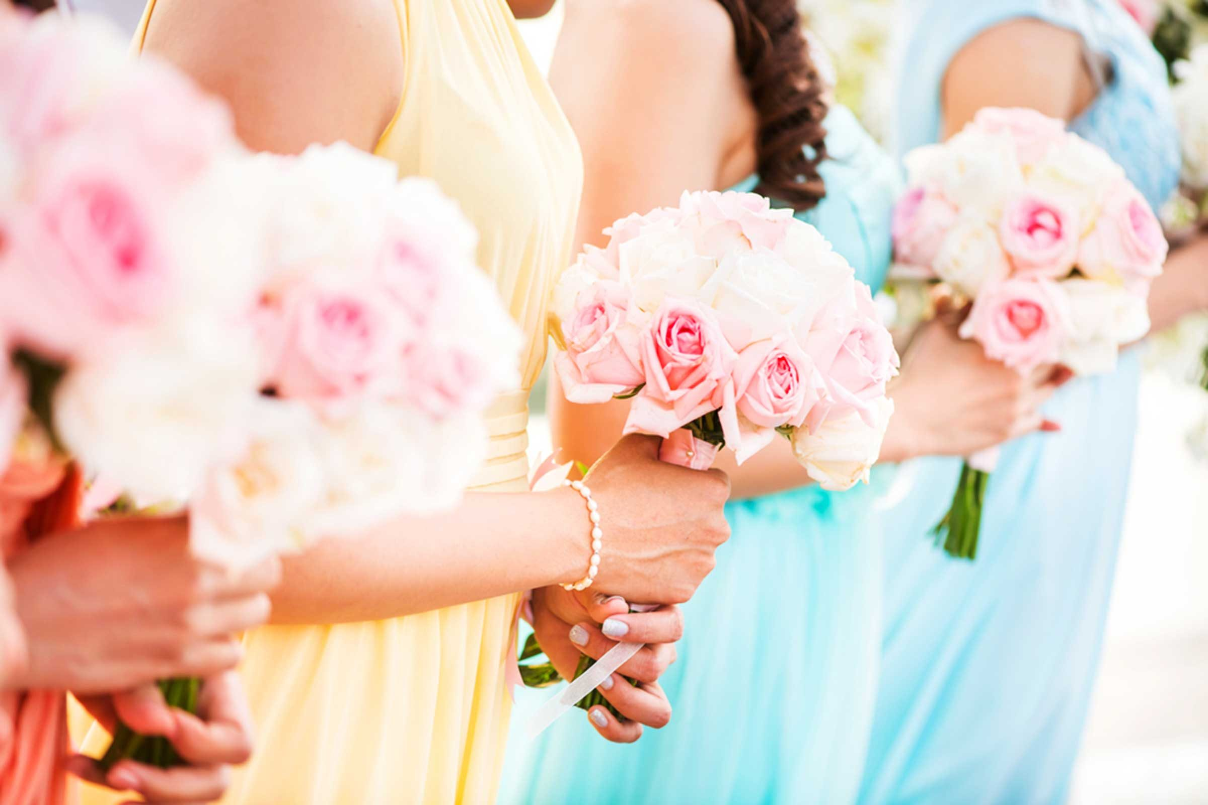 Things You Should Never Post About Your Wedding | Reader's Digest