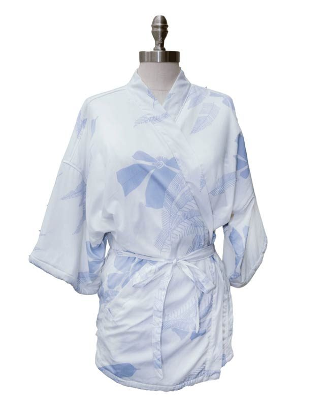 08-best-kimonos-via-shop.californiacowboy.com