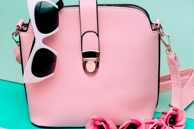 Is-Your-Purse-Destroying-Your-Back--8-Ways-to-Fix-It