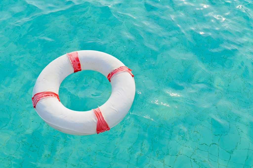42 Water Safety Tips From Lifeguards Readers Digest