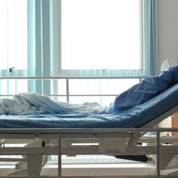 10 Signs the Hospital Wants to Discharge You Too Early—and How to Fight It