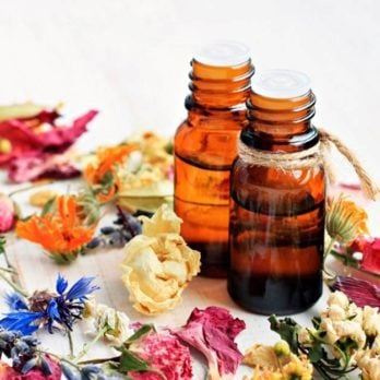 5 Essential Oils for Relieving Your Allergy Symptoms