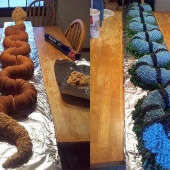 This Supermom Turned 5 Bundt Cakes Into an Impressively Massive Cobra Cake