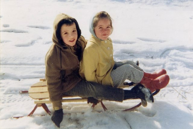 01-Nostalgic-Photos-That-Capture-the-Magic-of-Childhood-Mary-Brown