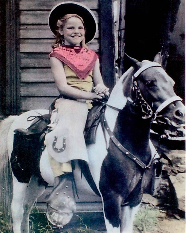 01-These-9-Kids-Horseback-Riding-Are-Even-Cuter-Than-Their-Ponies-DebbieClayton
