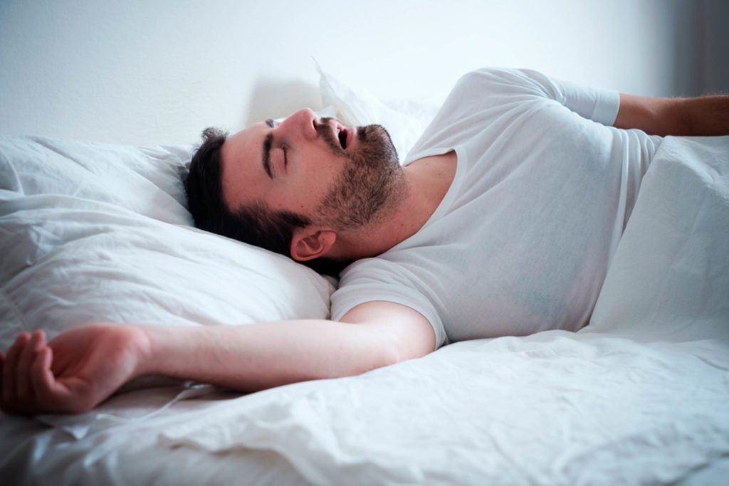 This-Common-Habit-Can-Cause-Snoring-and-Even-Sleep-Apnea