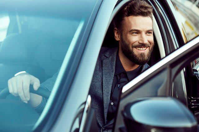 01-car-insurance-Let's Settle the Debate. Does Life Cost More for Men or Women?_473667475-Jaroslav-Monchak