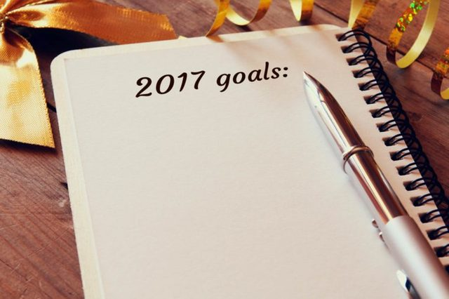 03-goals-Adulting-Tips-Every-Recent-Grad-Needs-to-Master-on-the-Job_529005505-tomertu