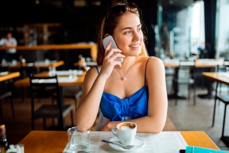 03-hang-up-technology and phone etiquette_648681310-nd3000