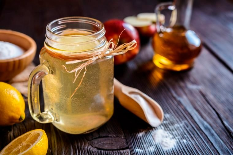 03-taste-Myths About Apple Cider Vinegar You Need to Stop Believing_580918609-NoirChocolate