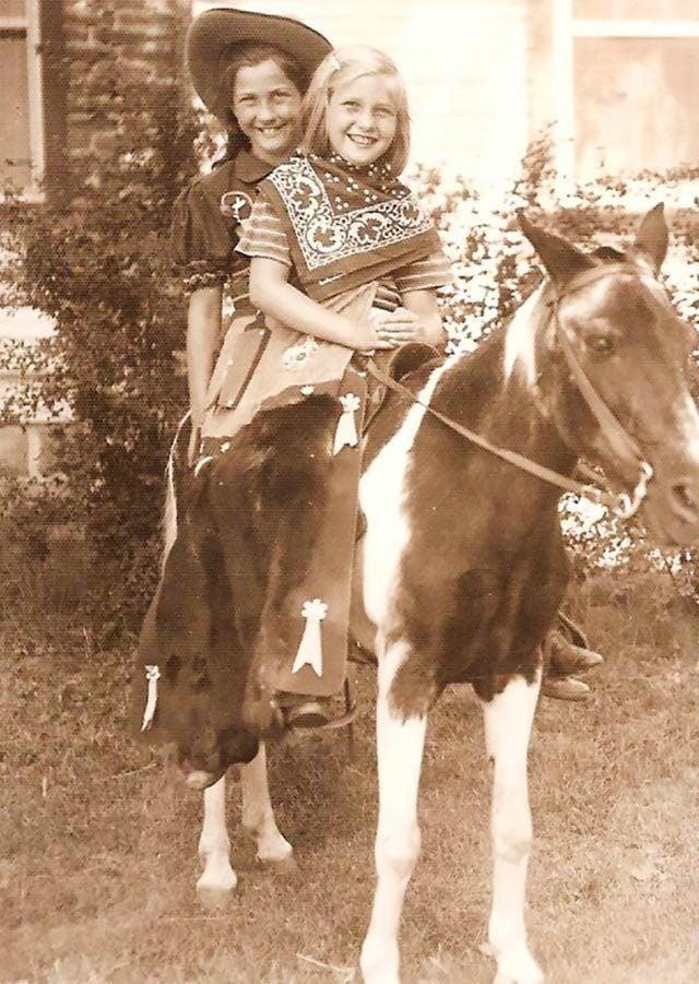 04-These-9-Kids-Horseback-Riding-Are-Even-Cuter-Than-Their-Ponies-CarolynRothBarnum