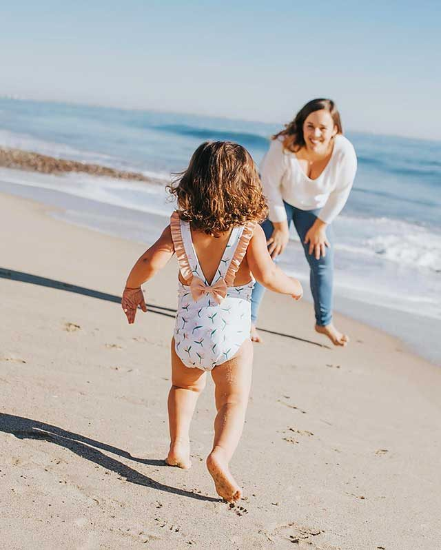 _Hitting-the-Beach-with-Kids--Don't-Leave-Home-Without-these-Ingenious-Lifesavers
