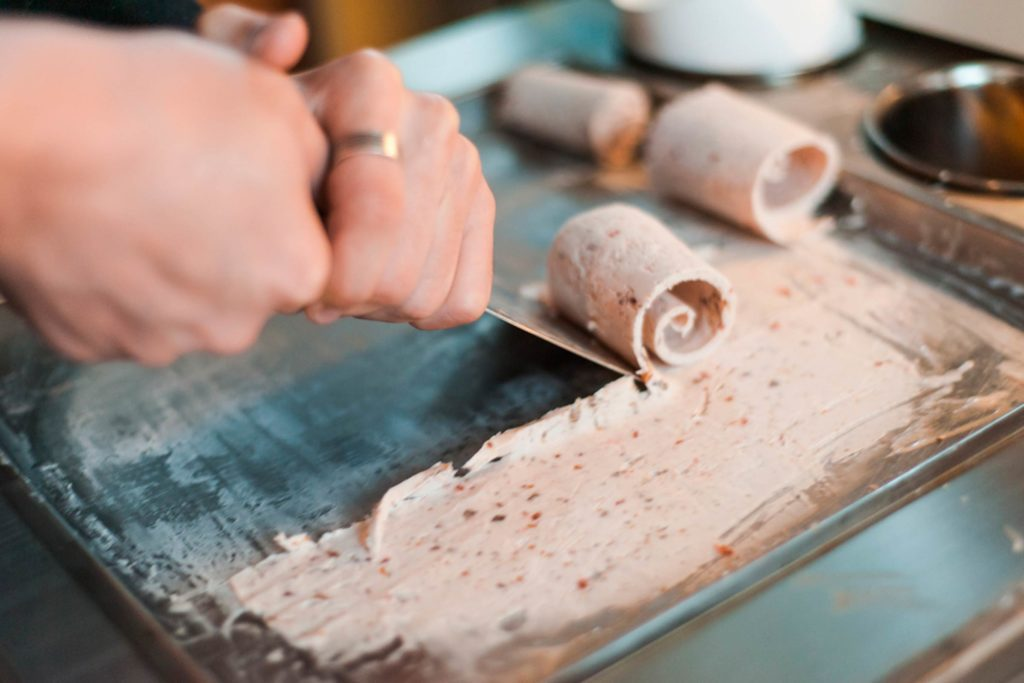 Fascinating-Ice-Cream-Traditions-Around-the-World