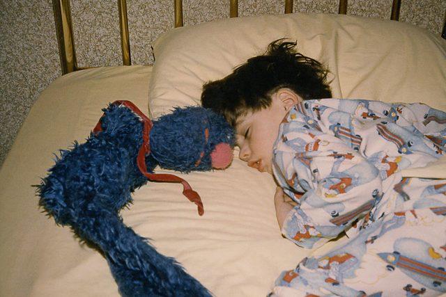09-Nostalgic-Photos-That-Capture-the-Magic-of-Childhood-Mary-Scott