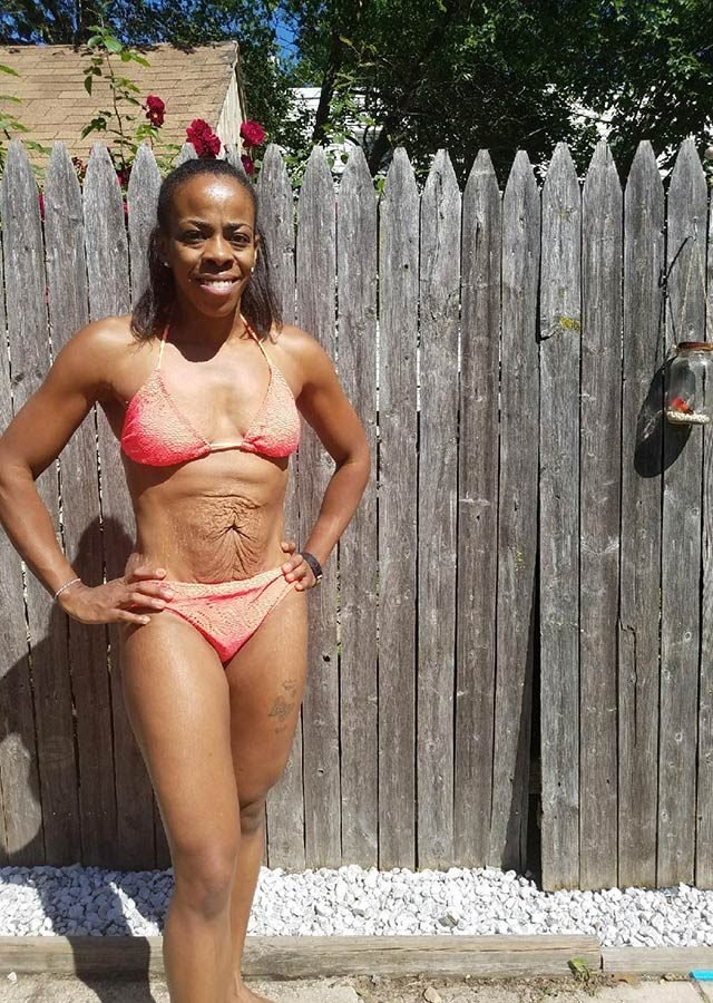 09-These-12-Empowering-Swimsuit-Pics-Prove-There-Is-No-One-Bikini-Body-Courtesy-De-Bolton,-Fitness-Blogger-at-www.FaithFueledMoms.com