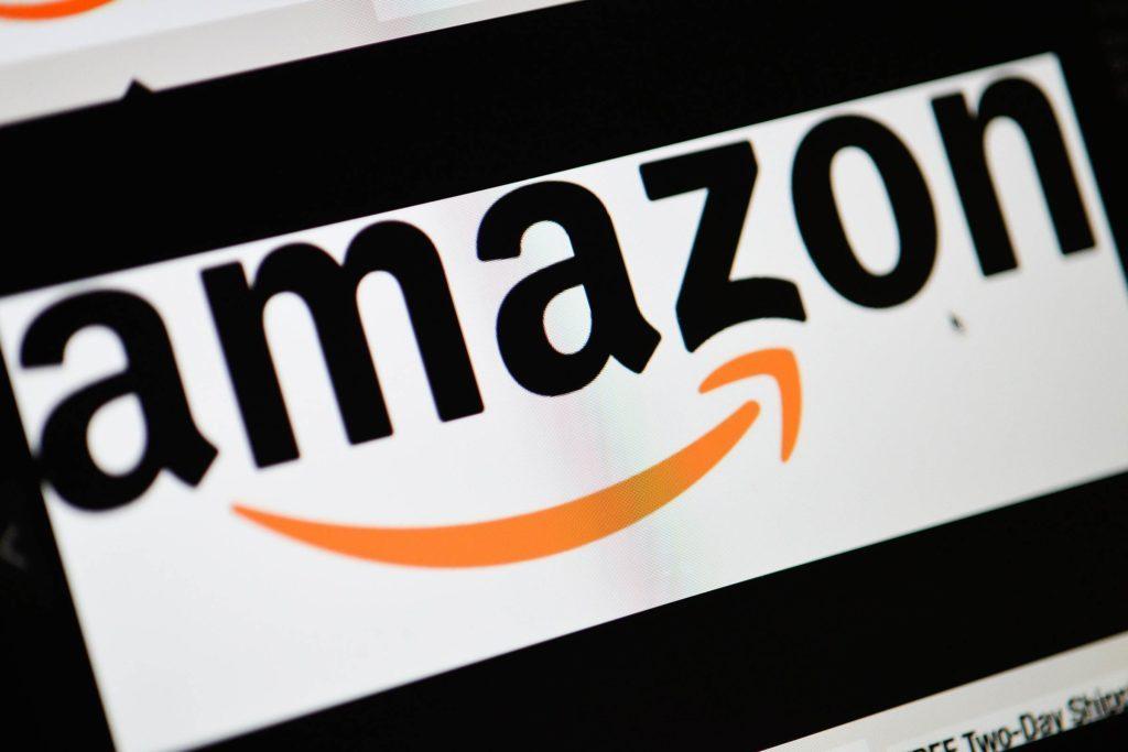 12-no-Little-Known-Amazon-Hacks-Every-Online-Shopper-Should-Know-EDITORIAL-4271170j-IsopixREXShutterstock