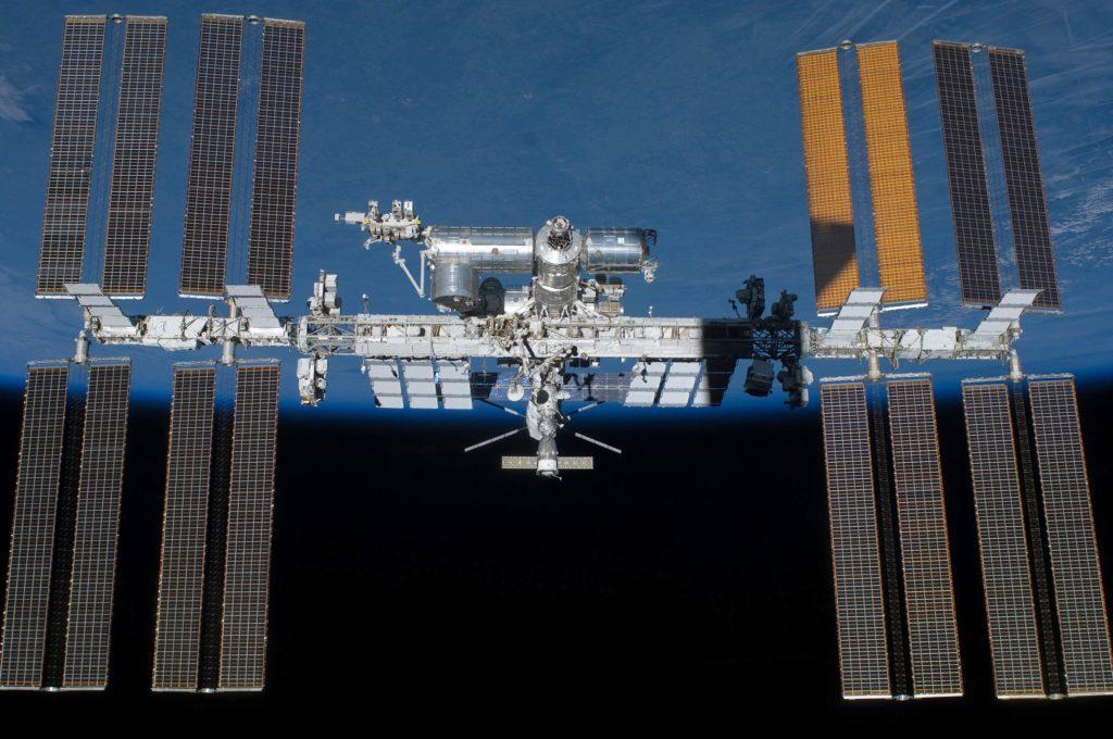 Take-A-Virtual-Tour-of-the-International-Space-Station—Using-Google-Maps-shutterstock-via-nasa.gov