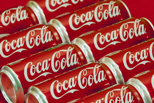 You-Won't-Believe-the-Wacky-Way-People-Are-Using-Coca-Cola-6204462a-Wilfredo-LeeAPREXShutterstock